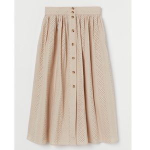 NWT! H&M Eyelet Embroidery Skirt